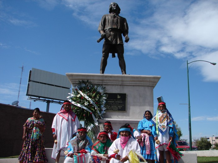 Rárámuri monument