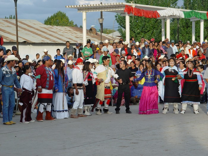Rrmuri Dancing at a Festival